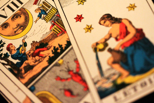 Does any one else pick up messages from TAROT cards?