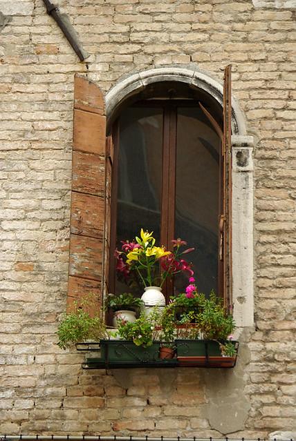 La finestra veneziana flickr photo sharing for Finestra veneziana