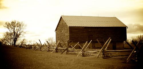 sepia barn rural virginia civilwar battlefield shenandoah newmarket shenandoahvalley splitrail