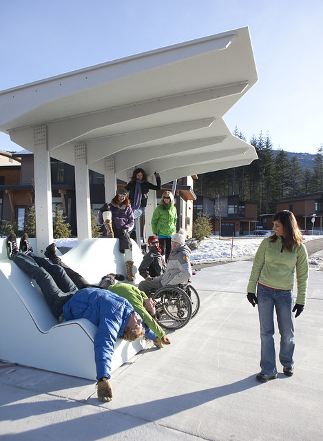 2010 Winter Olympics bus shelter (8)