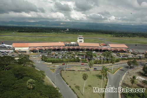 Aeropuerto Internacional del Cibao Santo Domingo  by manelik balcacer