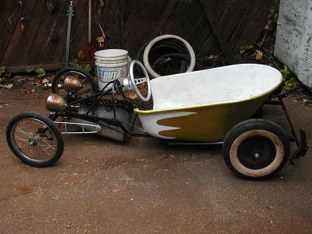 Rat Rod Go Kart http://www.flickr.com/photos/17534977@N00/5015022348/
