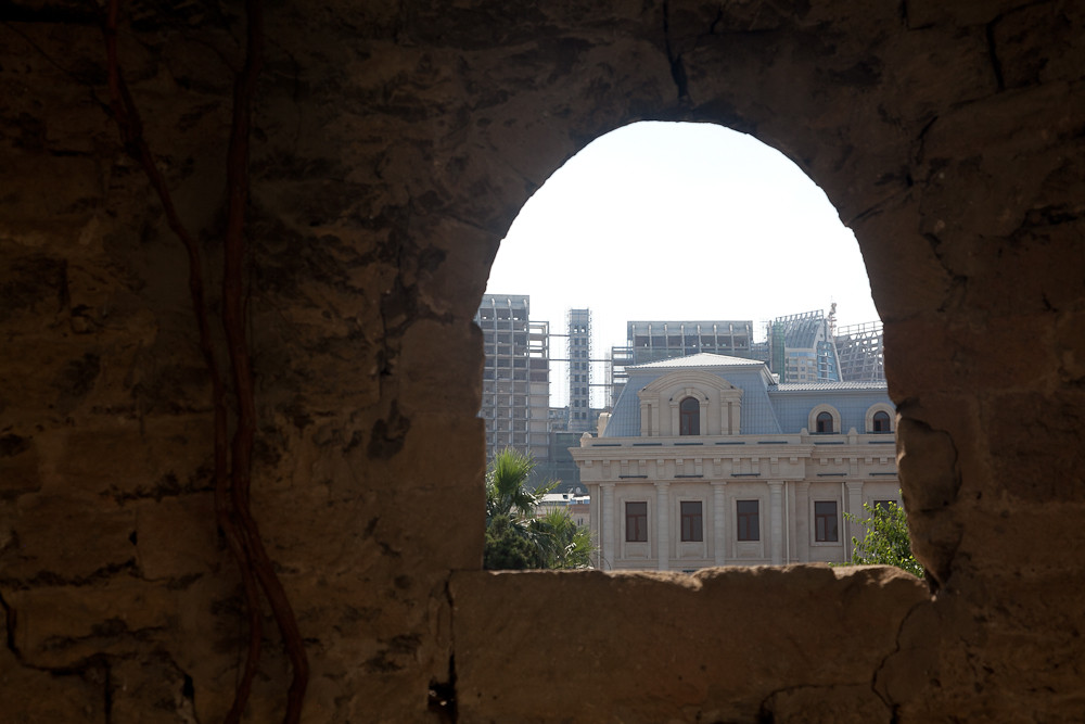 through the city walls, Baku