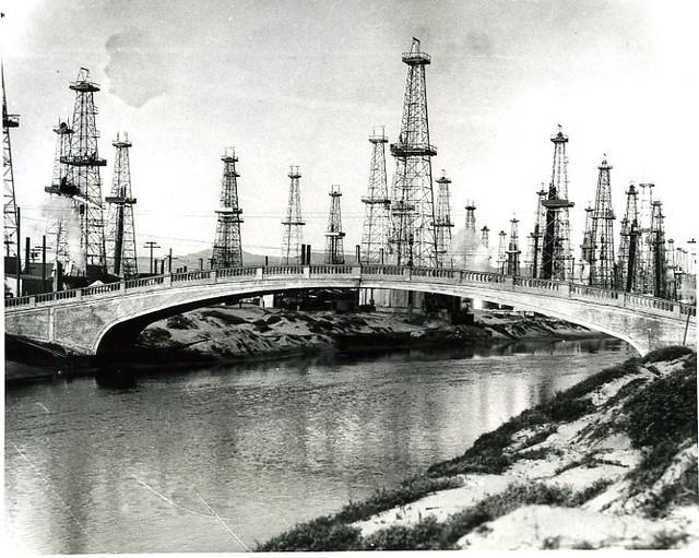 venice oil wells
