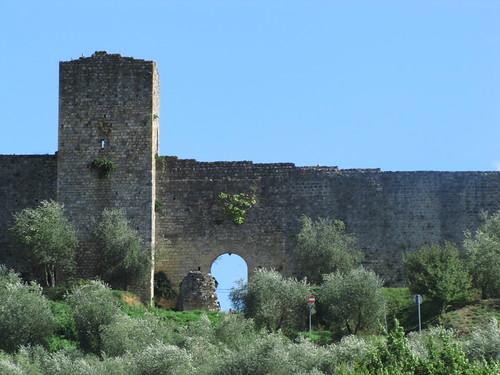 Monteriggioni city walls