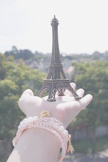 Paris in my hand