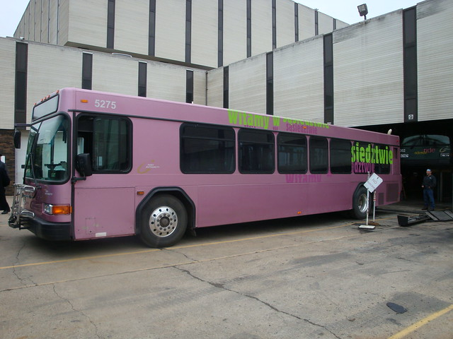 Pittsburgh port authority bus in polish welcome livery flickr photo sharing - Pittsburgh port authority ...