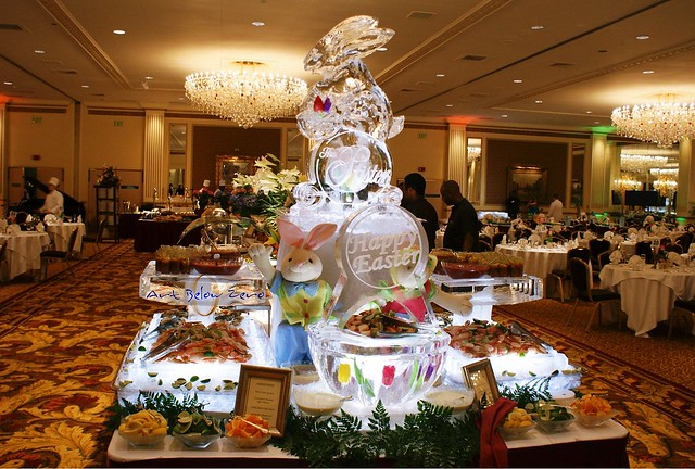 Food Buffet Displays http://hawaiidermatology.com/buffet/buffet-displays-food-presentation-ice-carving.htm