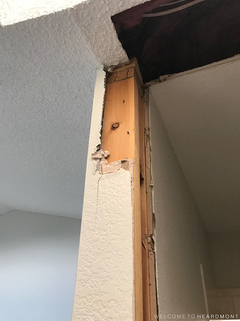 Drywall Damage Entrance | Welcome to Heardmont