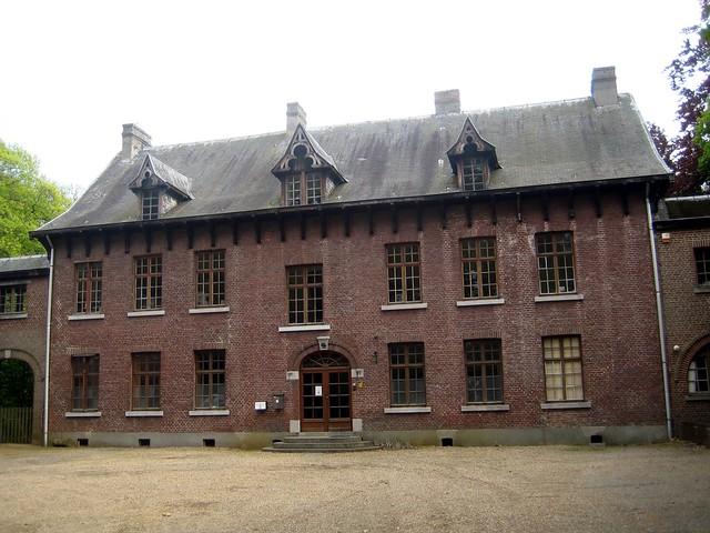 Domherenhuis zolder het domherenhuis aan de dekenstraat i flickr photo sharing - Zolder stelt fotos aan ...