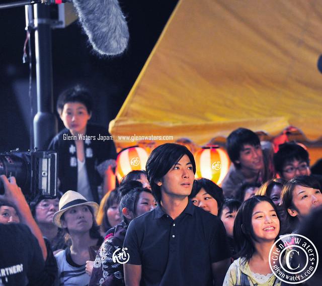 星守る犬  Movie In Town.  瀧本智行 ...   川島海荷.   Over 47,000 visits to this photo. © Glenn Waters. Japan.