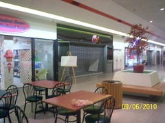 property, food court, fast food restaurant, interior design, cafeteria,