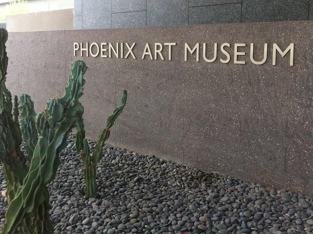GoLivingIn Phoenix art museum