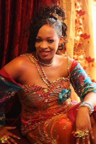 <p>Even after an energetic gig, a slog through the rain, and a battle with throngs of fans and paparazzi, Oumou Sow is cool, collected and ready for photos.</p>