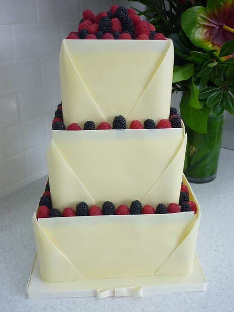 white chocolate and raspberry wedding cake recipe white chocolate raspberry wedding cake vanilla pound 27243