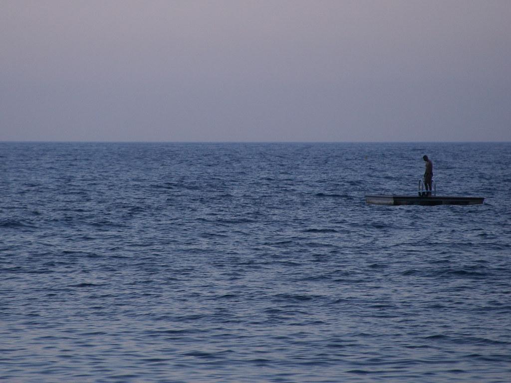 Alone [Sea] #02