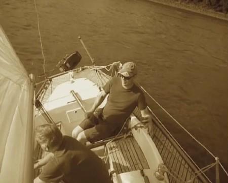 H Boat Racer