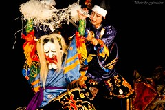 musical theatre(0.0), folk dance(0.0), performing arts(1.0), peking opera(1.0), dance(1.0),