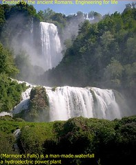 wasserfall(0.0), waterfall(1.0), water feature(1.0), body of water(1.0), watercourse(1.0), water resources(1.0),