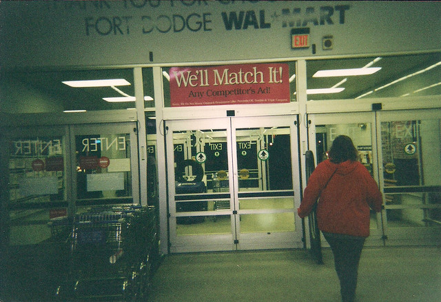 Wal mart fort dodge iowa automatic doors in