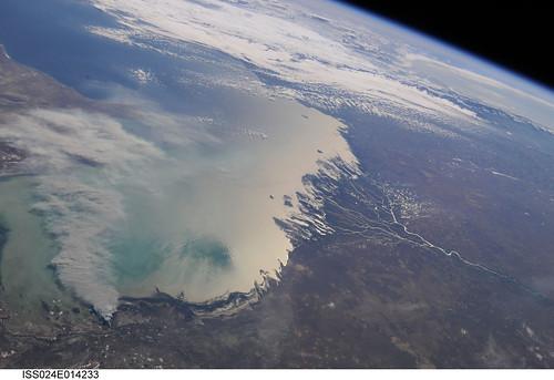 nasa kazakhstan wildfire caspiansea internationalspacestation volgariver uralriver caucasusmountains stationscience crewearthobservation