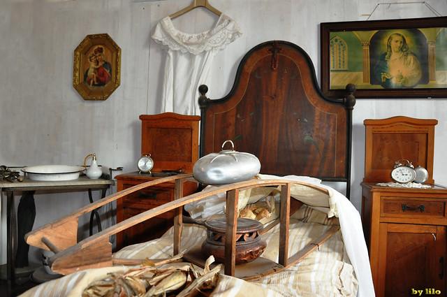 Camera da letto degli anni 39 50 un esempio di camera da let flickr photo sharing - Parti di un letto ...