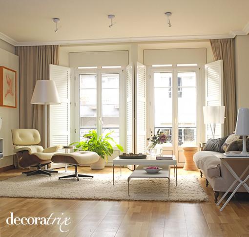 Sal n moderno en un piso antiguo flickr photo sharing - Salon piso moderno ...