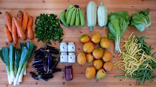 Varios productos del mercado del agricultor (Güímar, 17 de octubre 2010)