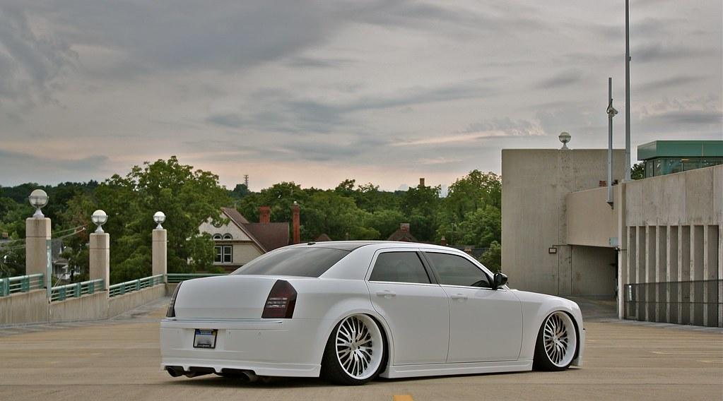 Expired White 2007 300c Srt8 Chrysler 300c Forum 300c