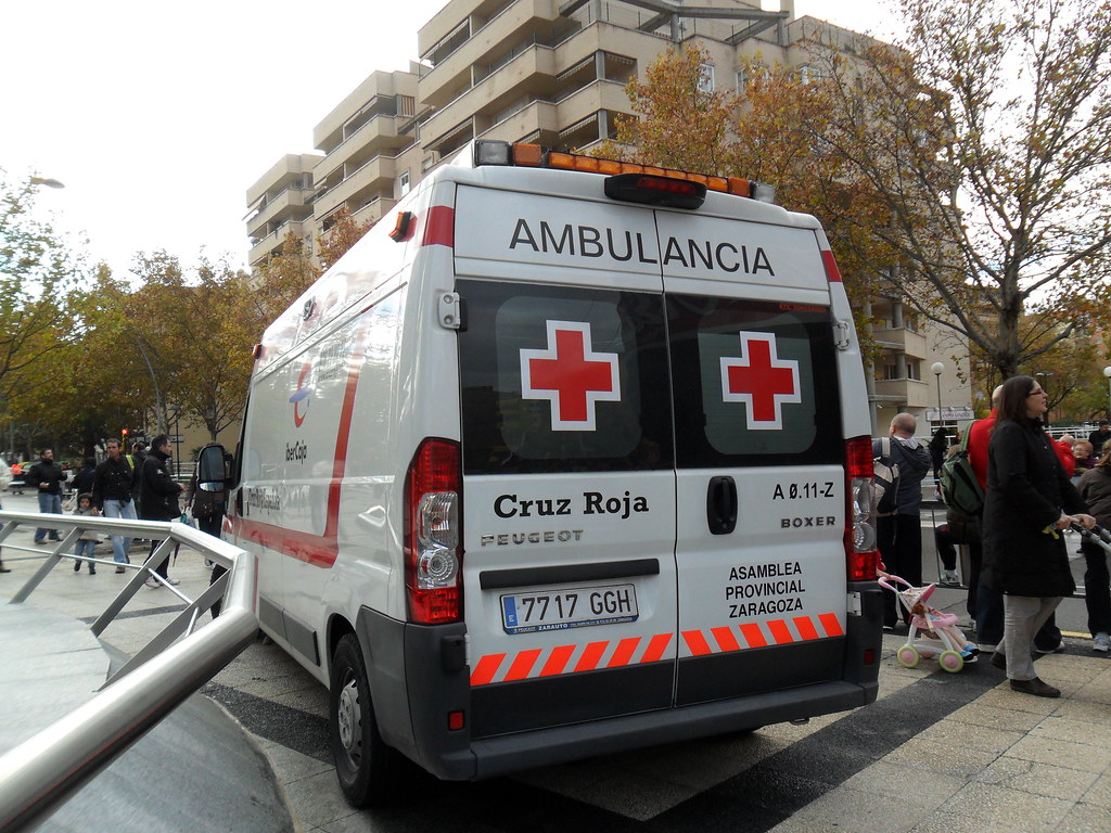 Emergencias Zgz S Most Interesting Flickr Photos Picssr # Muebles Para Peugeot Boxer