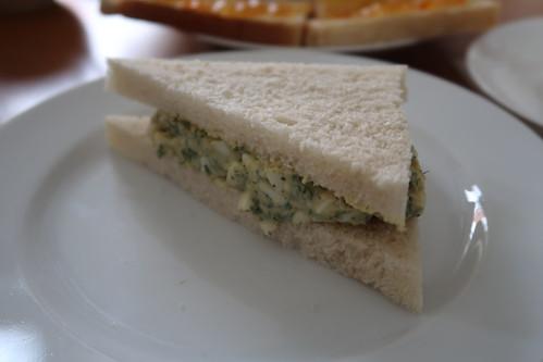 Sandwich mit Eiersalat (= egg sandwich)