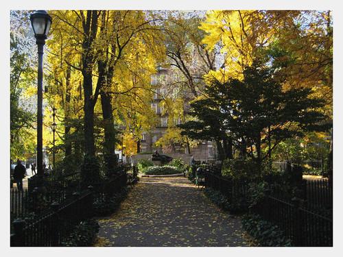 Straus Park