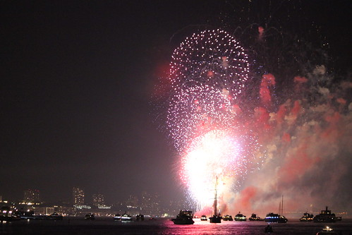 Fireworks over the Hudson River on the Fourth of July in New York