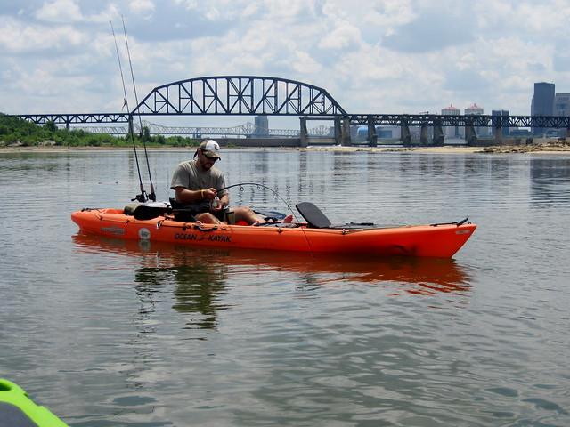 Fishing ohio river louisville ky flickr photo sharing for Ohio river fish