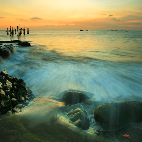 longexposure sunset seascape beach nature rock stone canon indonesia square landscape eos harbor pier jetty wave 5d splash lombok waterscape ntb ef1740mmf4l ampenan westnusatenggara nusatenggarabarat exharbor