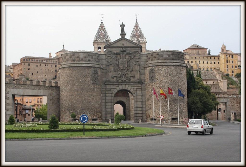 Puerta de Bisagra Toledo 2