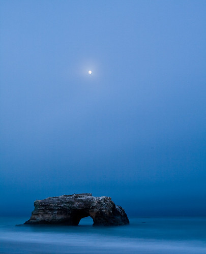 california santacruz moon seascape fog rising fullmoon coastal bluehour tides naturalbridges slowmotion waterscape rockformation pacificcoasthighway statebeach rockarch blurredwater rockform