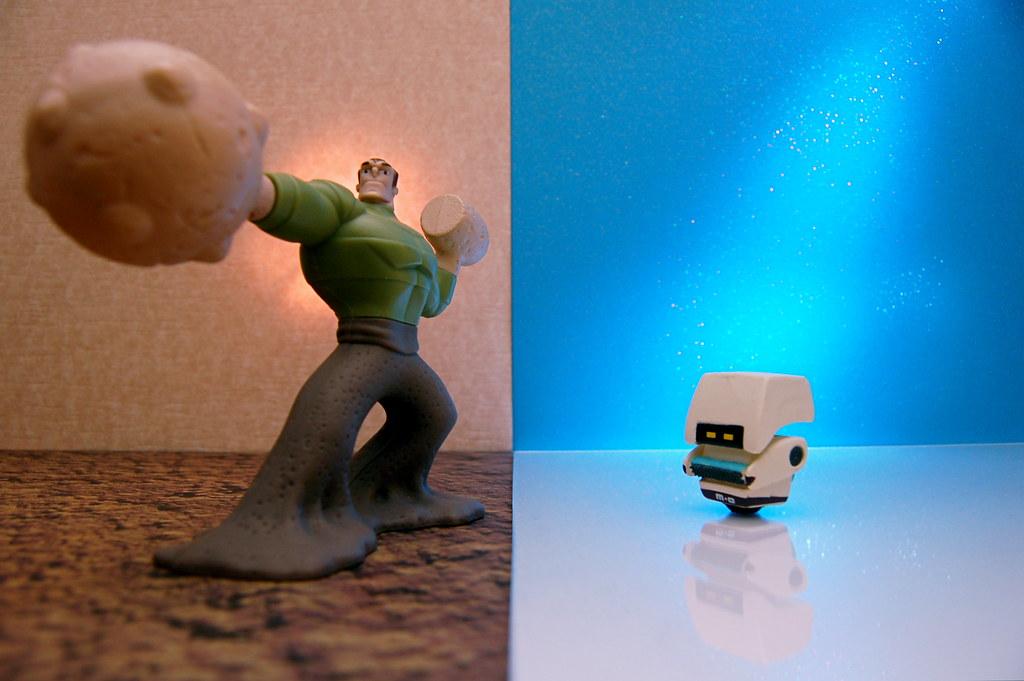 Sandman vs. M-O (241/365)
