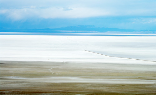 sky white clouds view salt bolivia overlook plain salar whiteness salardeuyuni chuvica