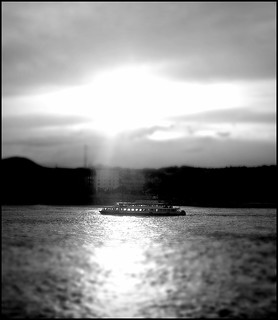 b & w (another toy-boat on Danube)