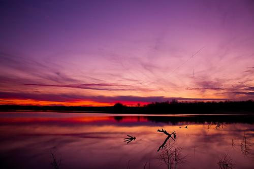 night clear waterlakeh20sunsetcedarcreeklakestanford kystanfordkykentuckylincolncountylincolnreflectioncolorsvibranttreetreescloudsndpolarizerfilterstackingcanont1ieosrebel