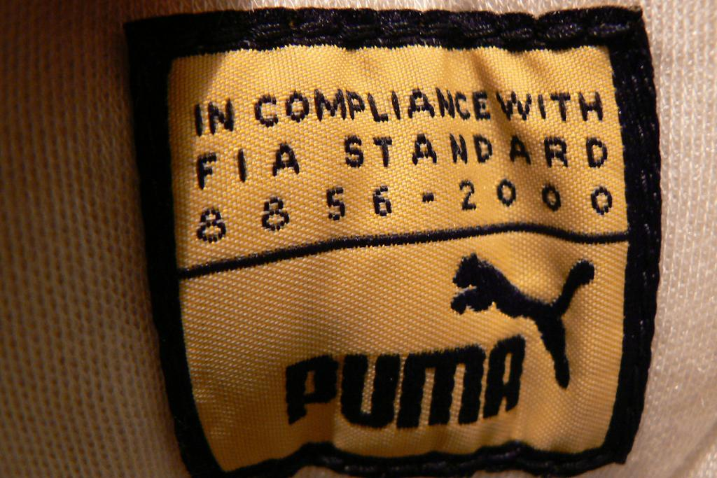 c4d40faef041e0 20100713 Puma Future Cat Hi Pro L  FIA compliant