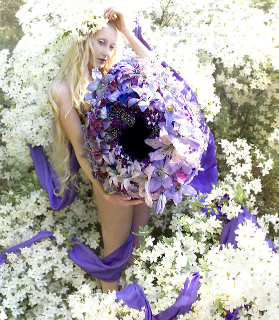 Kirsty Mitchell - Wonderland : The Lullaby of May