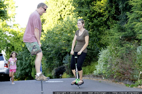 husband vs wife pogo stick a thon