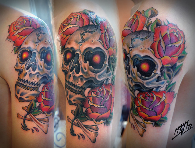 skull and roses / neotraditional tattoo