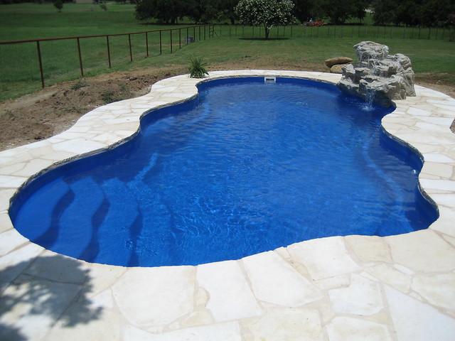Viking pools laguna aquamarine fiberglass pools of texa for Viking pools