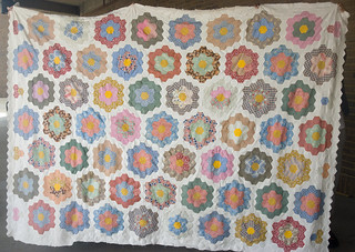 I've marked all the remixed hexes with notes so you can see which are a mix of old and new fabrics.  Wholly vintage: 41 of 59 (70%) Mixture of vintage and reproduction: 16 of 59 (27%) Wholly reproduction fabrics: 2 of 59 (3%)  Final blog entry:  domesticat.net/quilts/remixed
