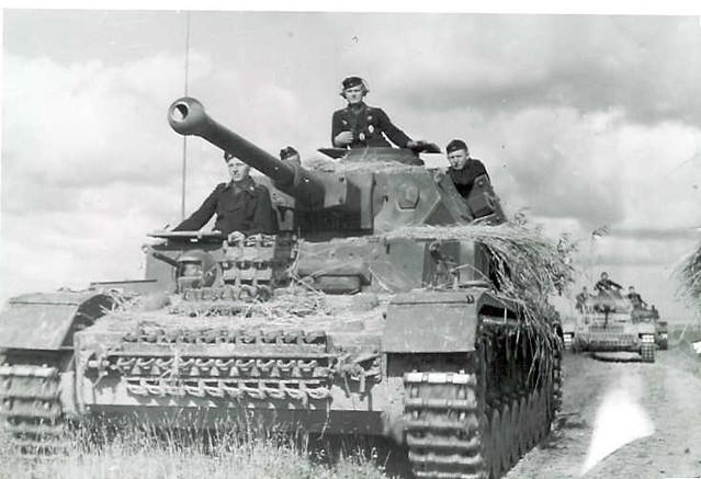 Panzerkampfwagen IV (L/43) Ausf. F2 (Sd.Kfz. 161/1)