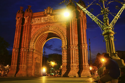 Arc de Triomf by https://www.flickr.com/photos/maxicombina/