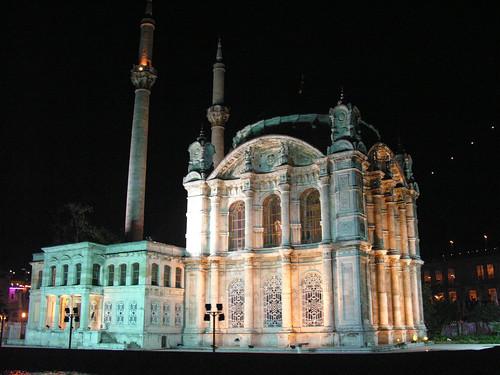 Ortaköy Camii éjszaka